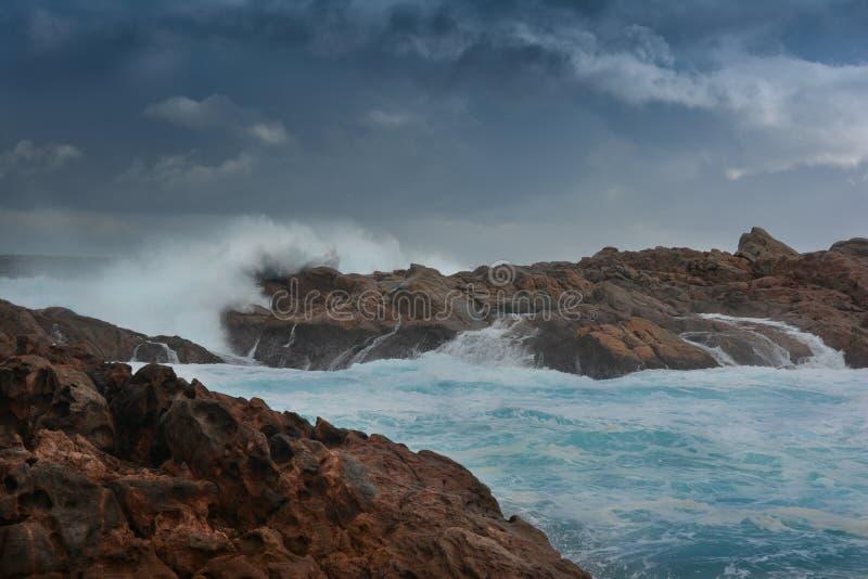 Onweer over Kanaalrotsen Yallingup Westelijk Australië stock afbeeldingen