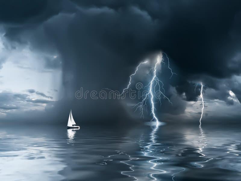 Onweersbui en jacht bij de oceaan royalty-vrije stock foto's