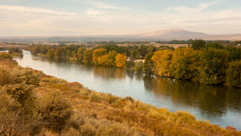 Onweersopheldering over Landbouwgrond Yakima River Central Washington royalty-vrije stock foto's