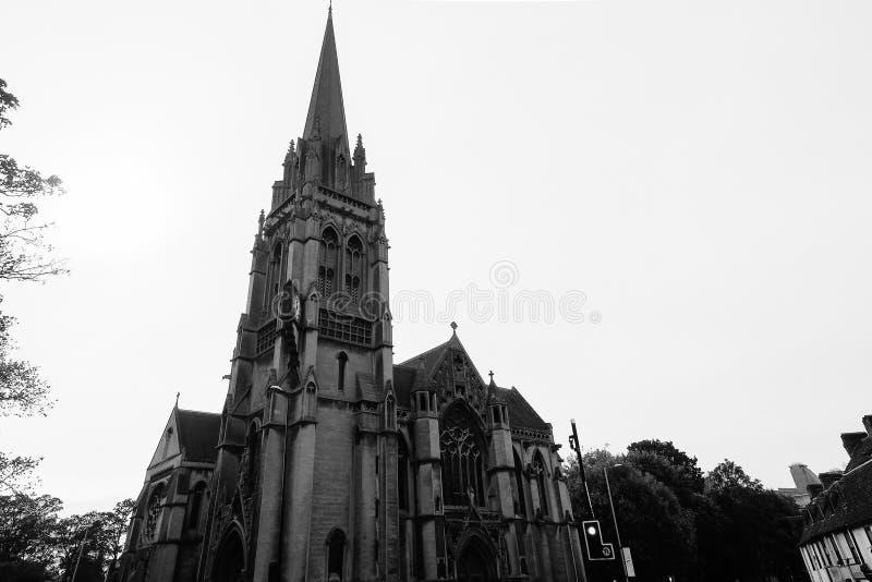 Onze Dame en Engelsen martelen kerk in Cambridge in zwart-wit stock foto's