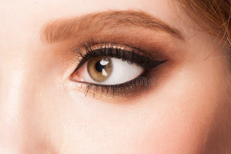Oog met make-up stock afbeelding