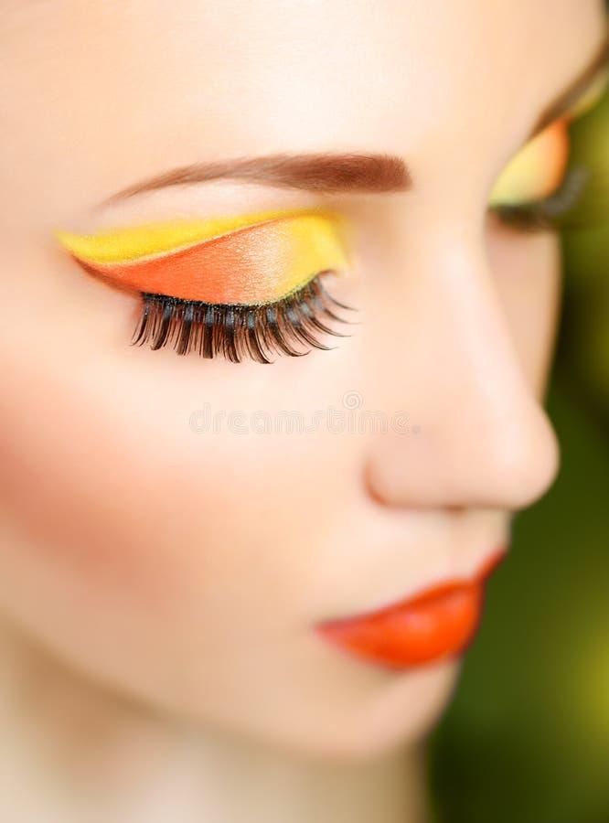 Oog met mooie manier brigh make-up royalty-vrije stock afbeelding
