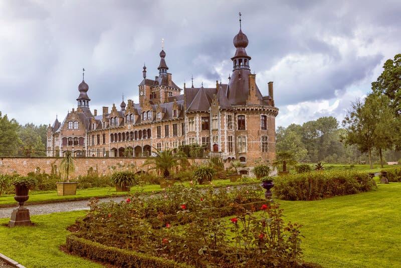 Ooidonk中世纪城堡 免版税库存图片