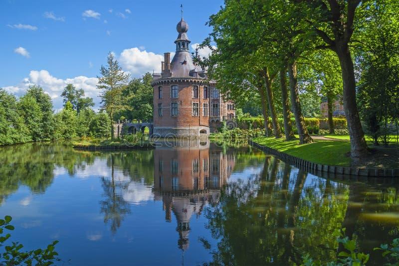 Ooidonk Castle in Summer, België stock afbeelding