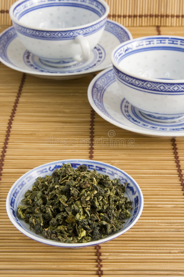 Download Oolong Chinese Tea And Cups Stock Image - Image: 6095329