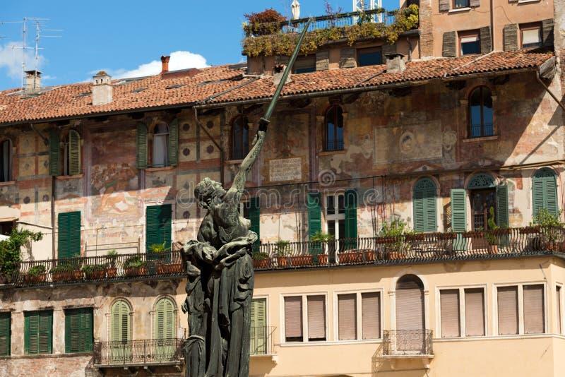 Oorlogs Herdenkingsmonument - Verona Italy royalty-vrije stock afbeelding