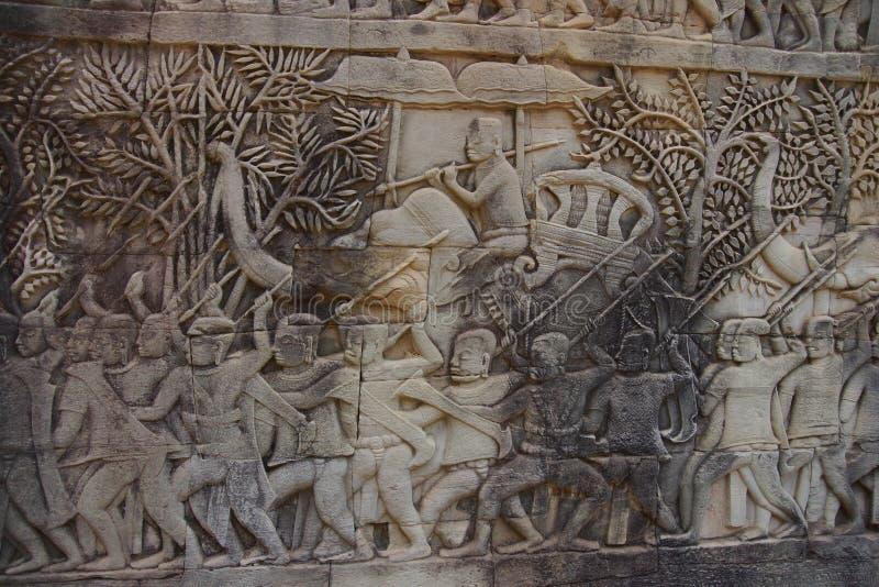 Oorlogsolifant die in slag laden royalty-vrije stock afbeeldingen