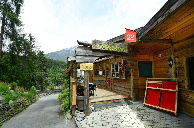 Oostenrijk, Tirol, Arzl stock foto's