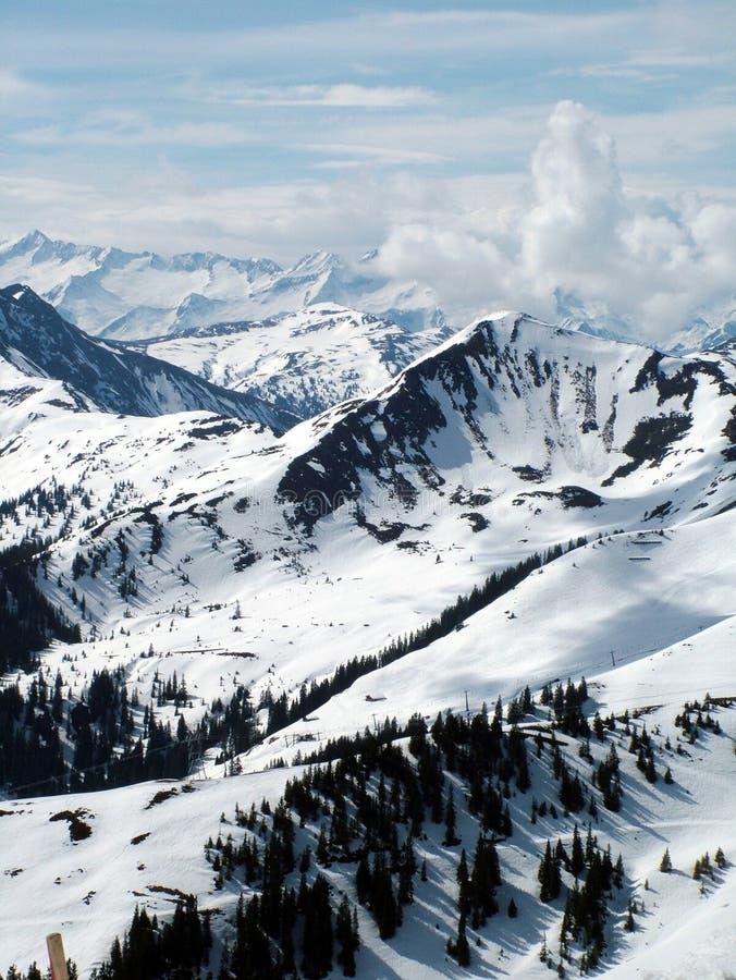 Oostenrijkse de winterscène van Alpen stock afbeeldingen