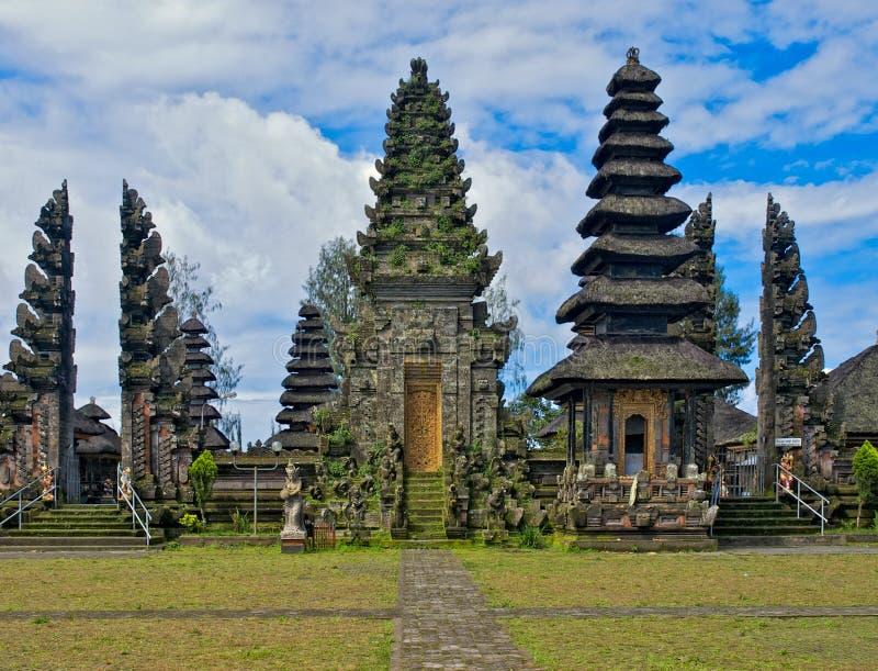 Oosterse Balinese tempel stock afbeeldingen