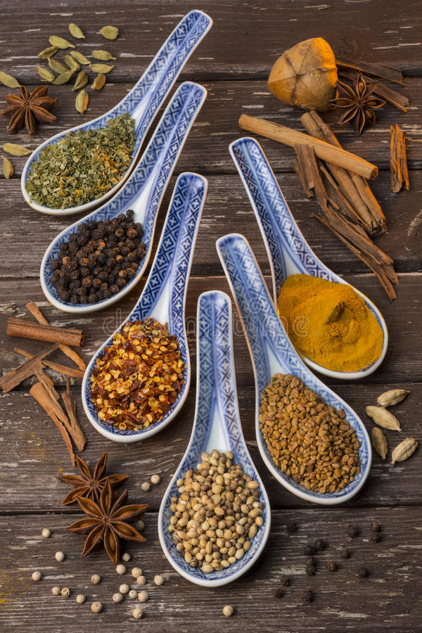Oosterse Kruiden - Kokende Ingrediënten royalty-vrije stock fotografie