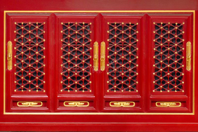 Oosterse patroondetails op houten deur of vensters in de Verboden Stad van Keizerroyal palace stock afbeelding