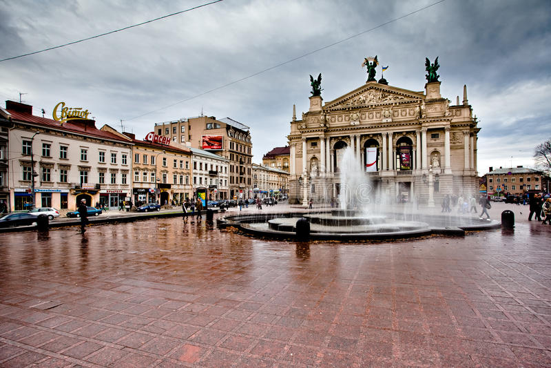 Opéra à LVIV, UKRAINE images libres de droits
