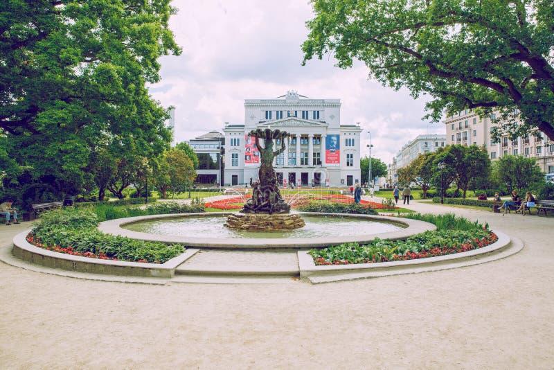 Opéra national letton à Riga photos stock