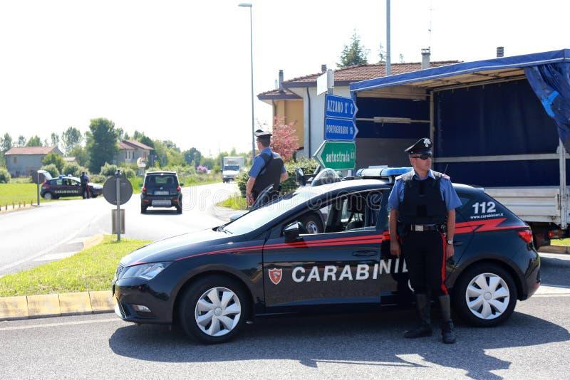 opérations de sécurité d'Anti-terrorisme en Italie images stock