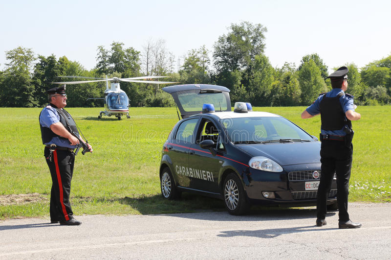 opérations de sécurité d'Anti-terrorisme en Italie photographie stock