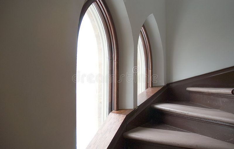 Download Opérations et Windows photo stock. Image du stairwell, architecture - 86614
