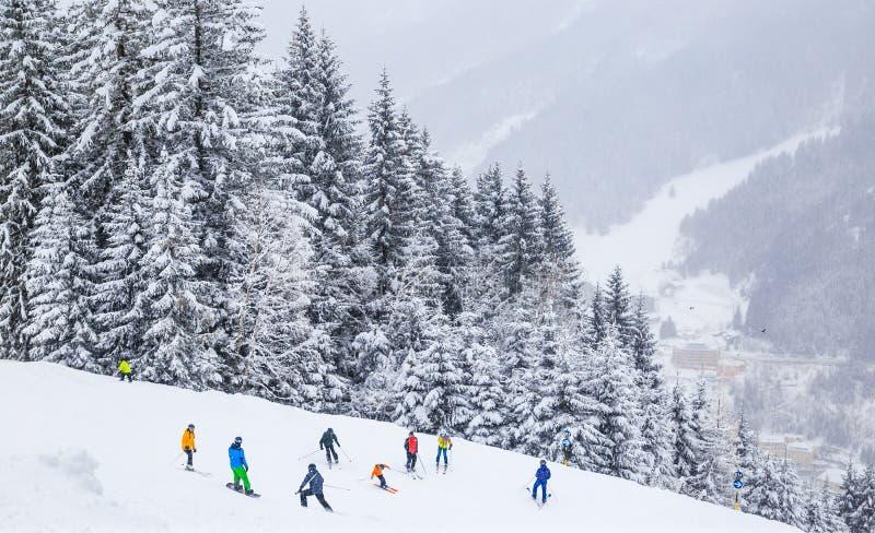 Op de hellingen van de skitoevlucht Slechte Gasteinl stock fotografie