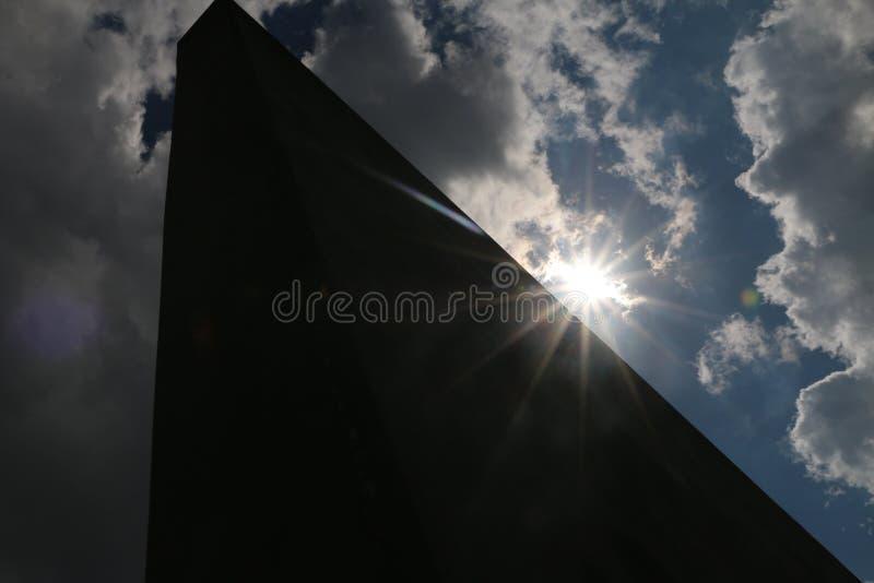 Op de rand van zonlicht stock foto's