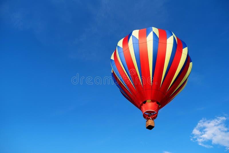 Op en weg in een Ballon stock fotografie