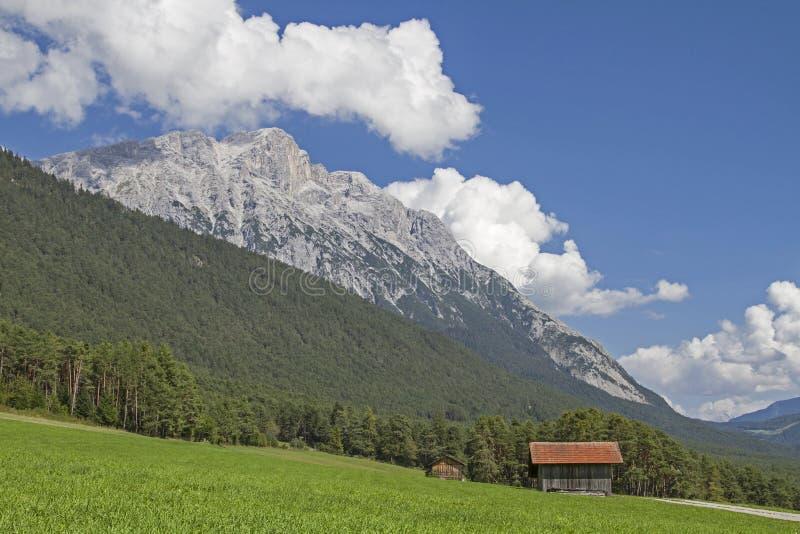 Op het Mieming-Plateau royalty-vrije stock foto