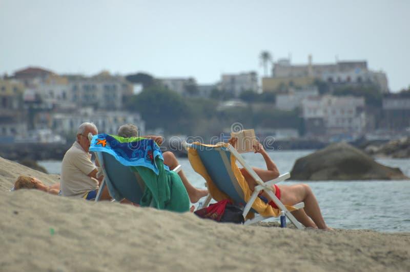 Op het strand stock foto