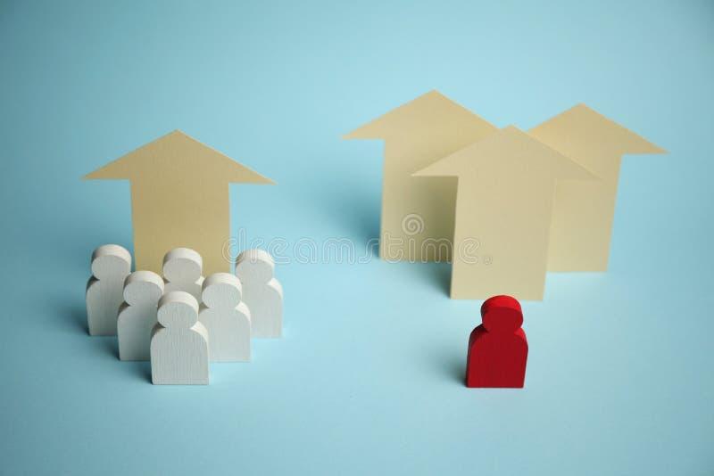 Op pijl en cijfers van mensenzakenlieden Bedrijfs de groei en succes stock afbeeldingen