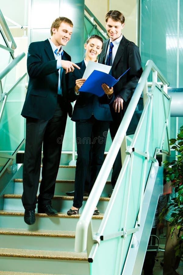 Op vergadering royalty-vrije stock fotografie