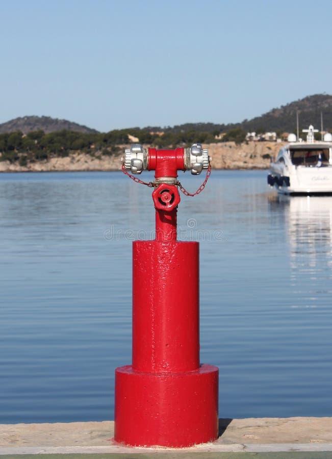 Op zee brandblusapparaat stock foto
