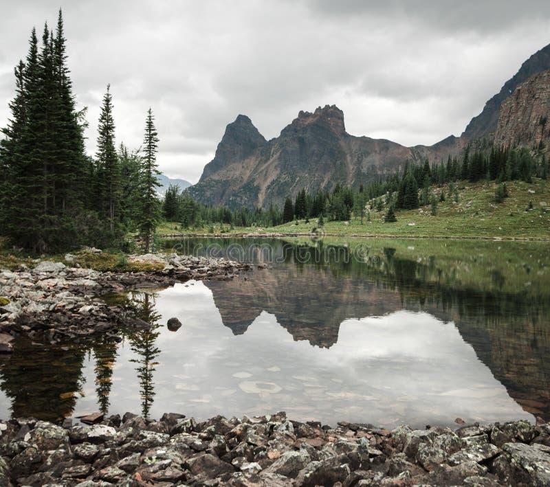 Opabin jezioro i zdjęcie royalty free