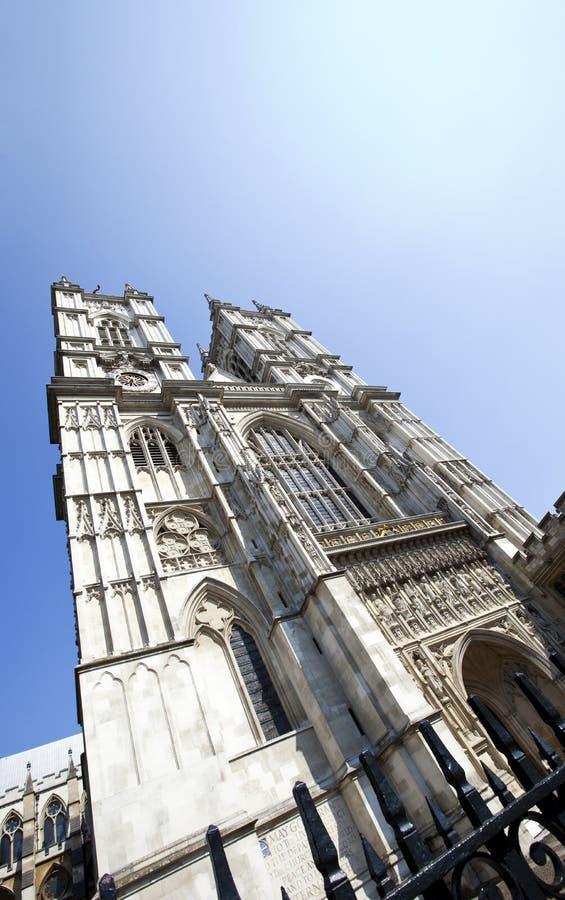Opactwo Abbey i niebieskie niebo obraz stock