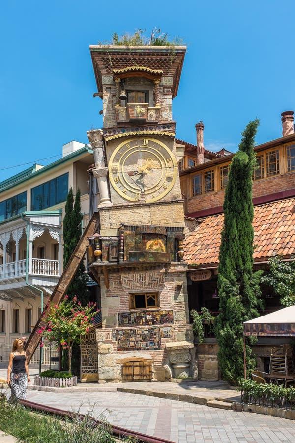 Oparty zegarowy wierza Tbilisi Gruzja zdjęcia royalty free