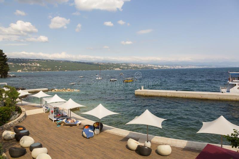 Opatija sur la Mer Adriatique en Croatie photos stock