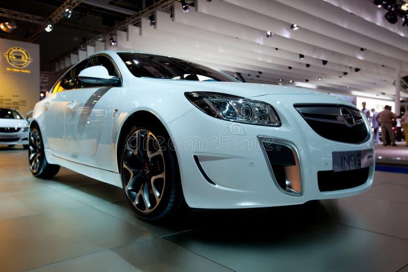Opel Abzeichenauto auf autoshow lizenzfreies stockbild