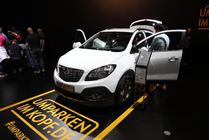 Opel Mokka SUV på den auto mobila internationalen royaltyfria foton