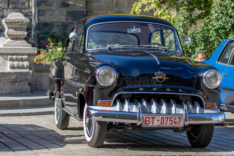 Opel Rekord - convertible desportivo clássico dos anos 50 fotografia de stock royalty free
