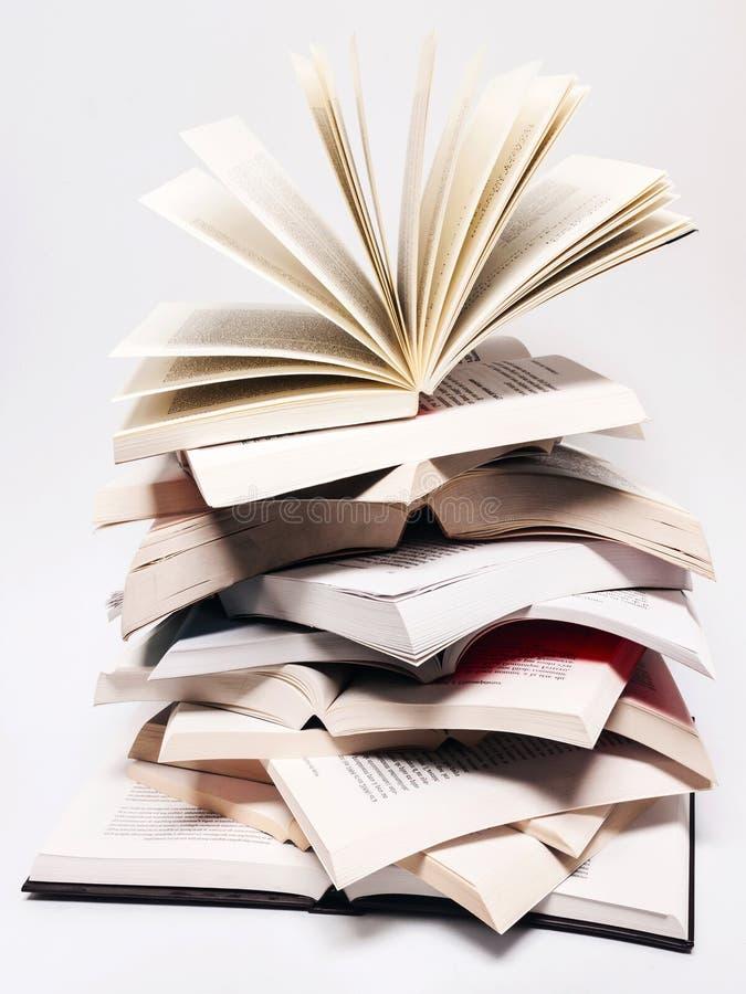 Open повышая книги стоковая фотография rf