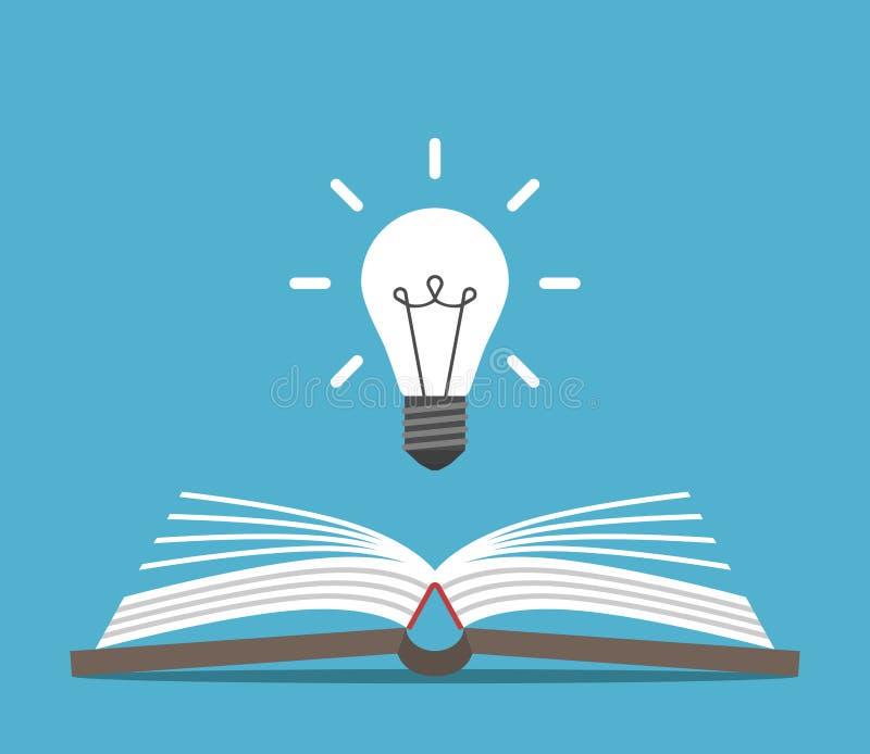 Open boek en lightbulb stock afbeeldingen