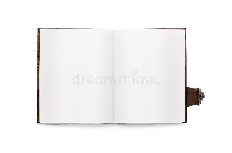 Open boek met witte pagina's, met een referentie Bij leer het binden met zmkom Geïsoleerde Uitstekende hoogste mening stock foto