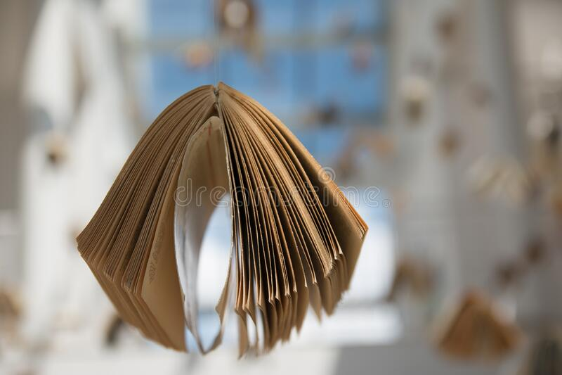 Open Book In Sunny Room Free Public Domain Cc0 Image
