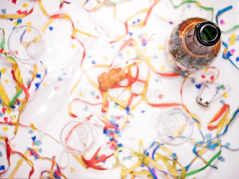 Open fles champagne royalty-vrije stock fotografie