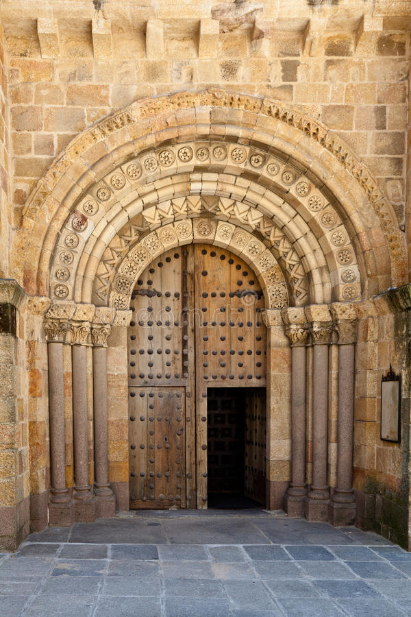 Free Open Old Church Door With Stone Arches And Columns Stock Photo - 23175690