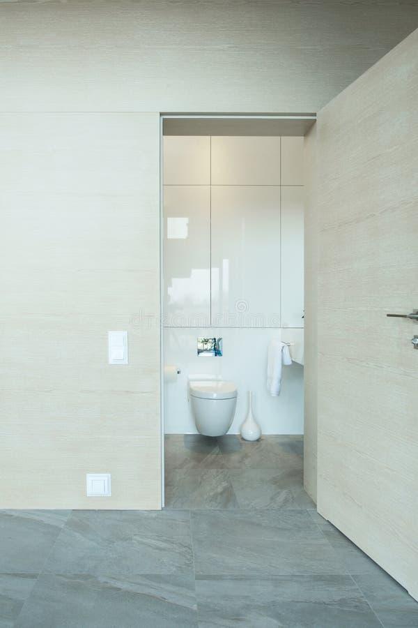 Open toiletdeur royalty-vrije stock foto