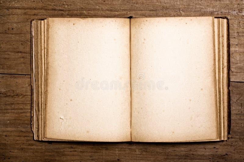 Open uitstekend boek. stock foto