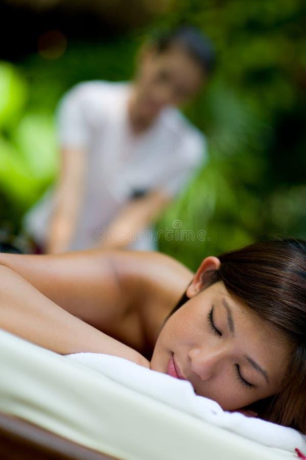 Openlucht Massage stock foto