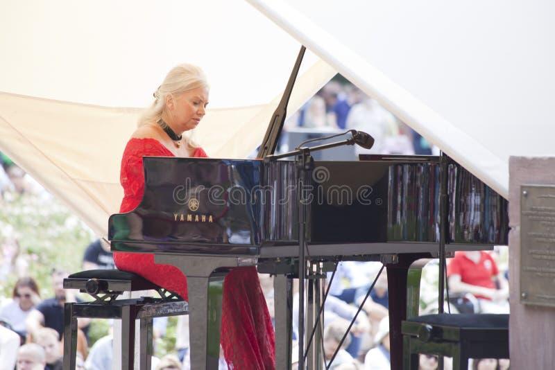 Openlucht open overweging van de muziek van Chopin royalty-vrije stock afbeelding