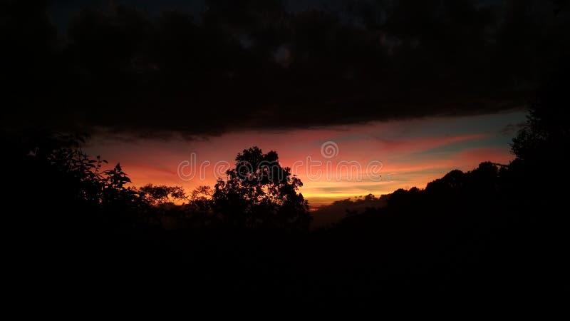 Openluchtfotografielandschap met zonsondergang royalty-vrije stock foto's