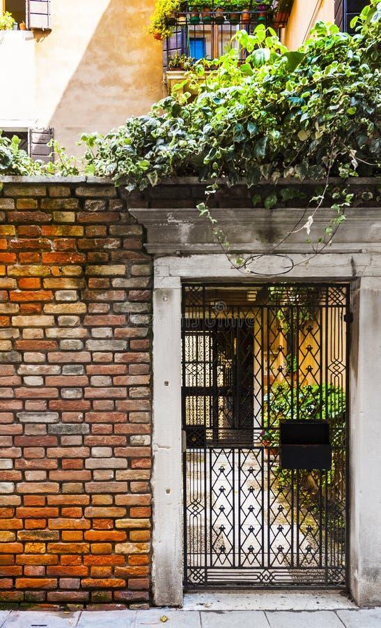 Openwork brama w Wenecja obrazy stock