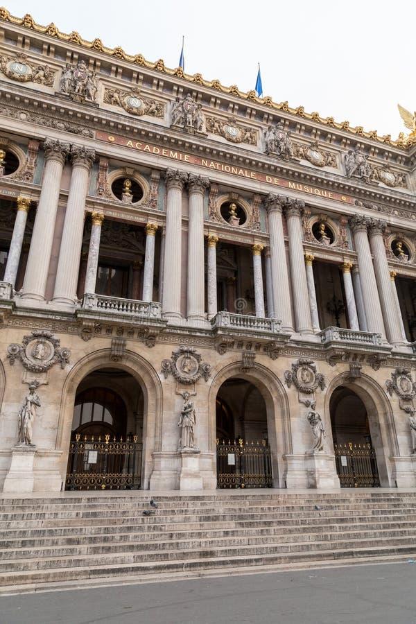 Opera architektoniczni szczegóły Obywatel De Paryż Uroczystej opery Garnier pałac jest sławnym baroku budynkiem w Paryż obraz royalty free