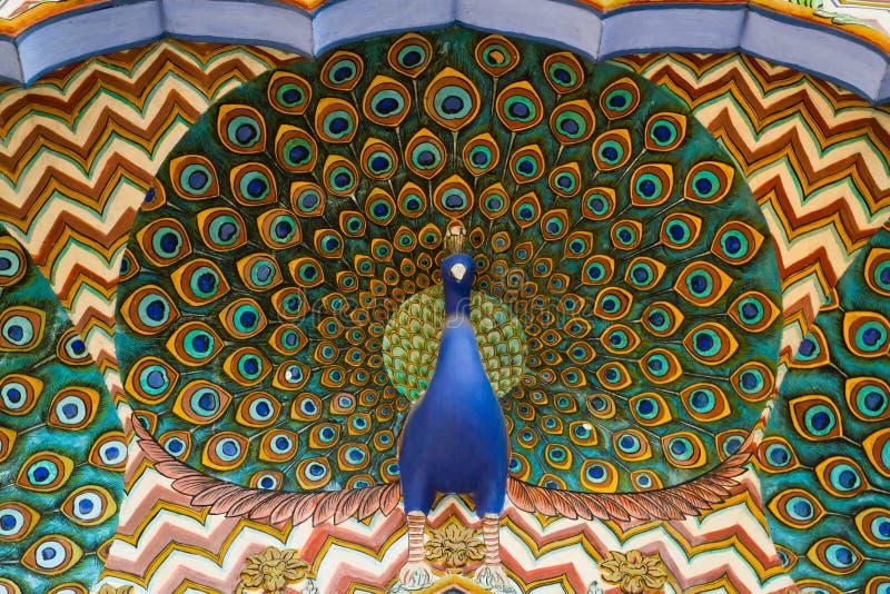 Opera d'arte con un pavone immagine stock